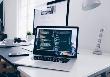 Creez site-uri web la comanda